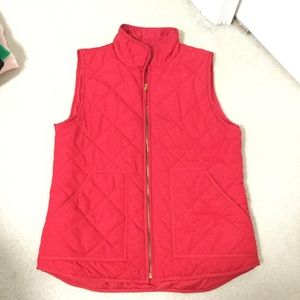 Valerie Bertenelli lightweight red puffer vest