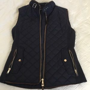 Zara Woman Navy-Black quilted vest