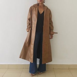 VINTAGE | Tan Leather Coat
