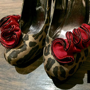 Steve Madden Couture Red Ruffle Leopard Heels