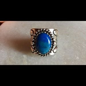 Sterling silver lapis ring.