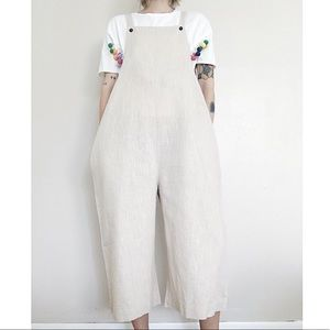 NEOTOversized linen jumpsuit with pockets!