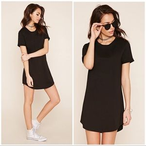 🌟SALE🌟 Classic T-Shirt Dress in Black