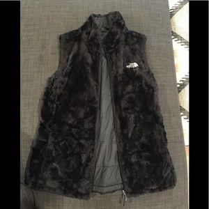 North Face fur reversible black vest XS