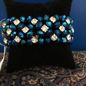 Sparkling blue beads & rhinestone!💙