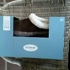 Dr. Scholl's Cuddly Brown slippers size 8 BNWT