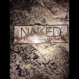 Urban Decay Naked smokey eye palette
