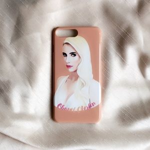 Chanel Oberlin iPhone 7 plus case
