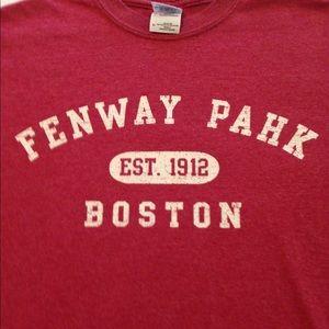 $5🦃 Fenway Pahk Boston Tshirt Sz M