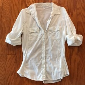 🍁Fitted White Button-Up Blouse🍁