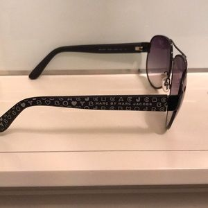 Accessories - Marc by Marc Jacobs sunglasses