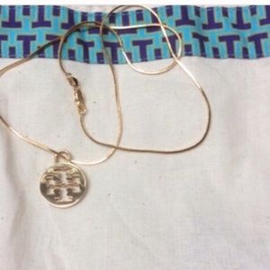 "AUTH TORY BURCH PENDANT ON 18kGP 22"" chain. New"