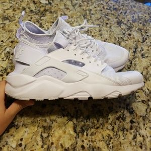 MENS NIKE AIR HUARACHE ULTRA CASUAL #819685-101