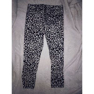 Black and white leopard print crop jeans