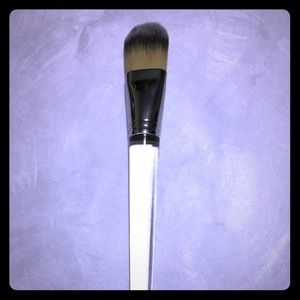 New Clinique foundation brush