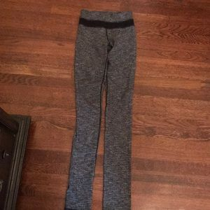 Lululemon size 2 grey and black leggings