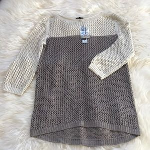Two toned, colorblocked stitch pull sweater