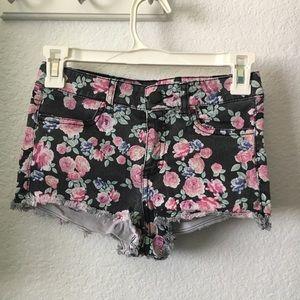 H&M high waist floral shorts