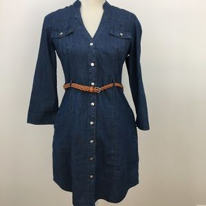 Guess chambray button down dress pockets small