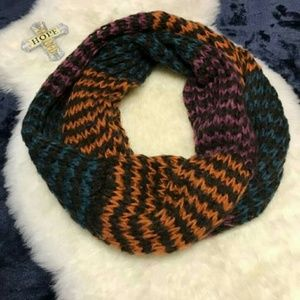 Infinity scarf multicolored