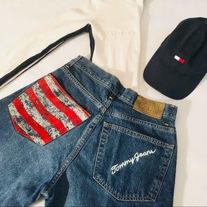 Tommy Hilfiger VTG LogoBoyfriend Style Mom Jeans