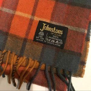 Johnstons of Elgin Lambswool Plaid Scarf Scotland