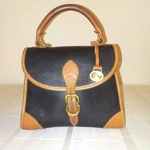 Dooney&Bourke purse 👜