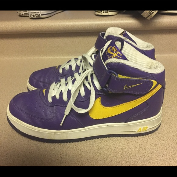 new products 72320 873d0 Nike Air Force 1 Mid Deep Purple Gold Men s SZ 11.  M 5a175ea4f0928298340431f1