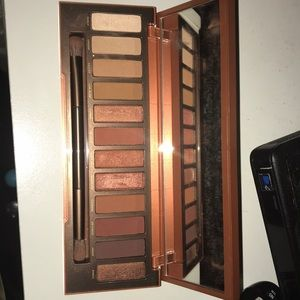 Naked Heat palette- urban decay
