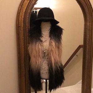FABULOUS two tone faux fur vest from BlankNYC!!!