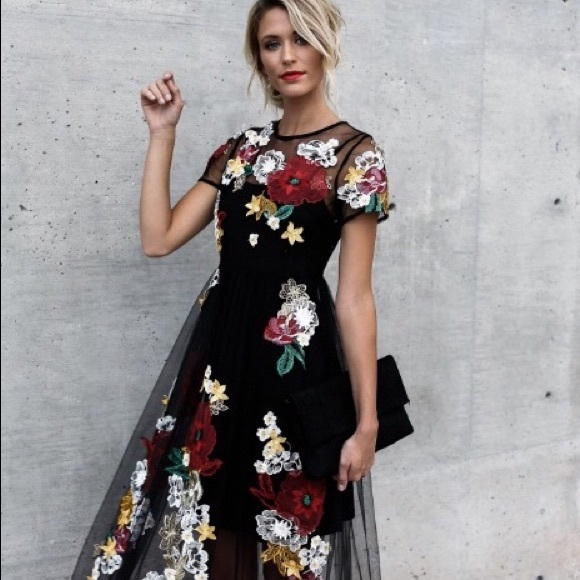 a310d5f55db4 L Atiste by Amy Dresses   Skirts - Vicicollections Floral Maxi Dress