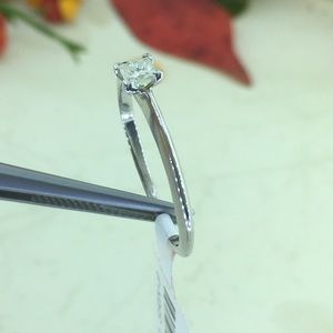 0.21CT princess cut diamond solitaire promise ring