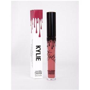 Kylie Cosmetics liquid lipstick Posie K
