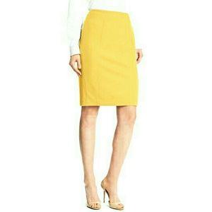 Halogen Womens Pencil Skirt Size 6 Mustard
