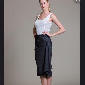 Super unique asymmetrical Pleated skirt SZ 6