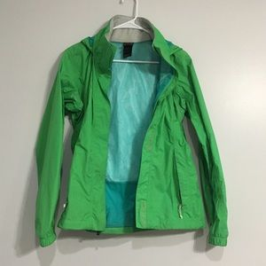 AMAING DEAL! North face rain jacket