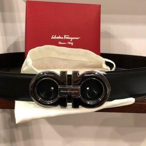 New Ferragamo BLK/brown reversible big buckle belt