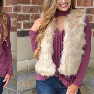 Other - Cream faux fur vest