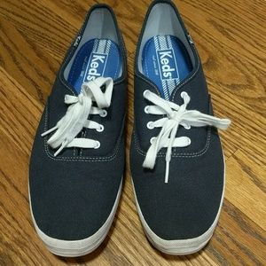 Keds Women's Champion Navy shoes size 11