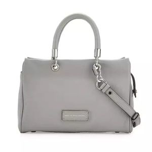 NWT Marc jacobs grey too hot to handle satchel