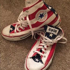 Vintage CONVERSE High Tops! USA  7 1/2 M  9 1/2 W