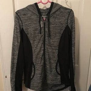 Women's work out zip up
