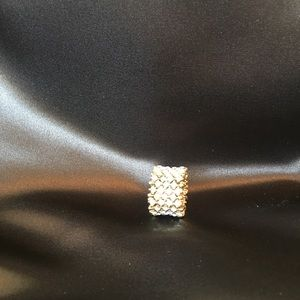 Rhinestone and gold stretchy cocktail ring