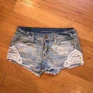 Cute Jean American Eagle Shorts w/ Lace Detail