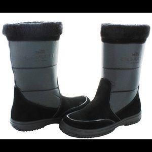 COACH Sherman Signature Snow Boots NWOT