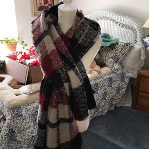 Zara oversized scarf/wrap red & black plaid 38x72