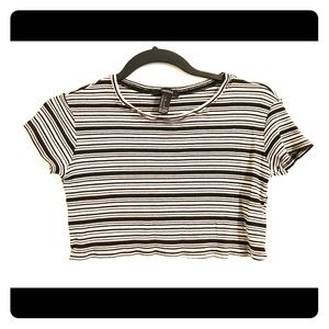 Forever 21 Crop Top striped black and white small
