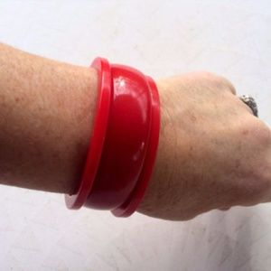 Red 5 Piece Set Bakelite Bangles and Earrings