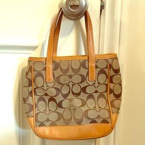 Cute coach hand handle purse, hand bag