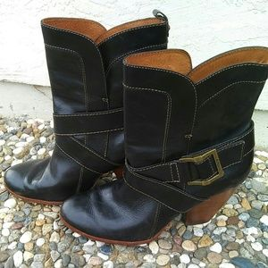 Beautiful FRYE Black Leather Short Boots